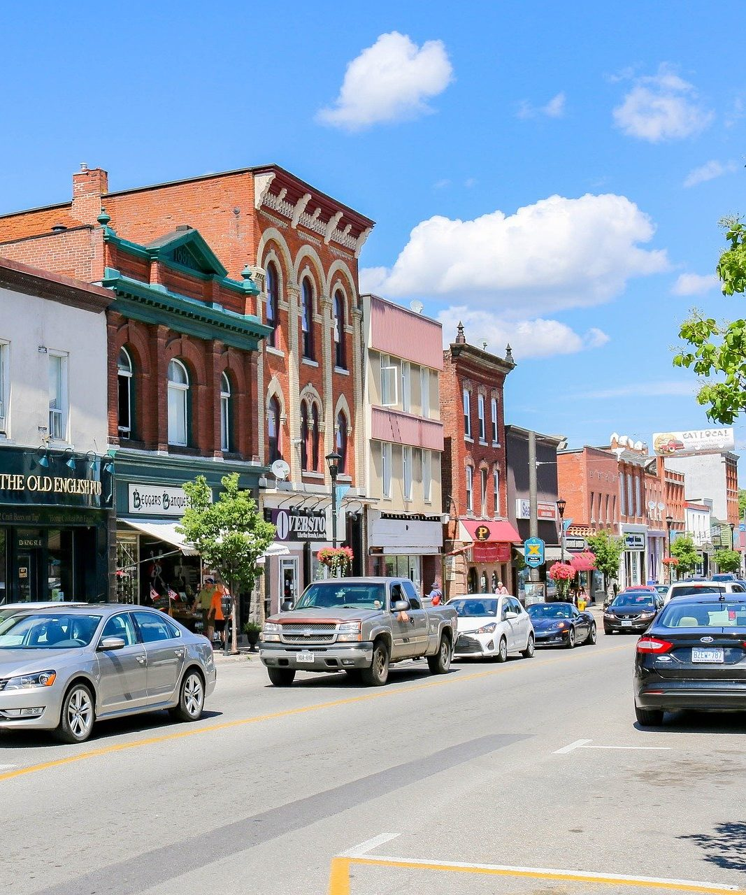 Image of downtown storefronts